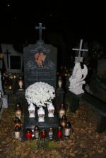 Cmentarz wieczorem
